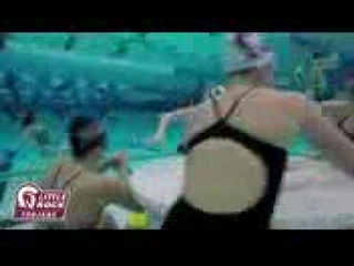 Mannequin Challenge in Swimming Pool