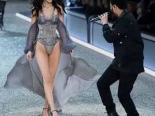 The Weeknd & Bella Hadid - Starboy Live at Victoria's Secret Fashion Show 2016