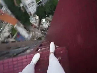 Do not watch this if you're afraid of height