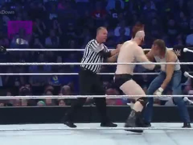 Roman Reigns & Dean Ambrose VS Sheamus & Kane