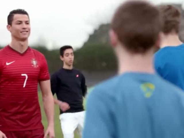 Nike Football - Winner Stays ft Ronaldo