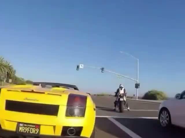 Lamborghini vs Bike. Who wins?