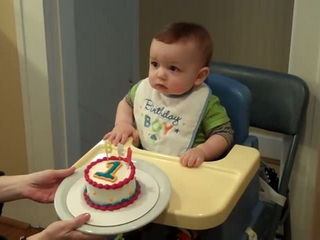 Ben 1st Time Eating Cake