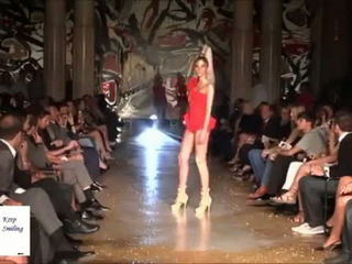 Top 10 Iconic Fashion Moments Fail Compilation