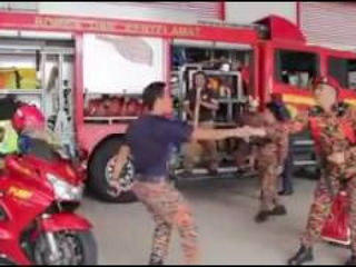 Malaysia Fire Service Running Man Challenge