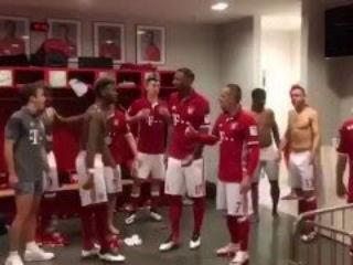 FC Bayern Munchen-Running Man Challenge!!!WTF