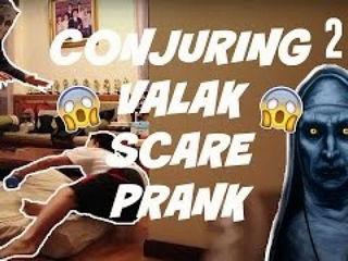 Conjuring 2 Valak Scare Prank