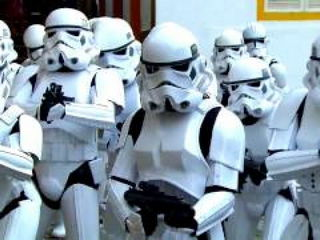 Star Wars Prank! Stormtroopers attack!