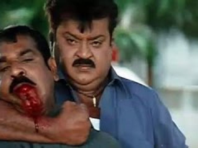 Vijayakanth Comedy - Vijayakanth Funny fight scene
