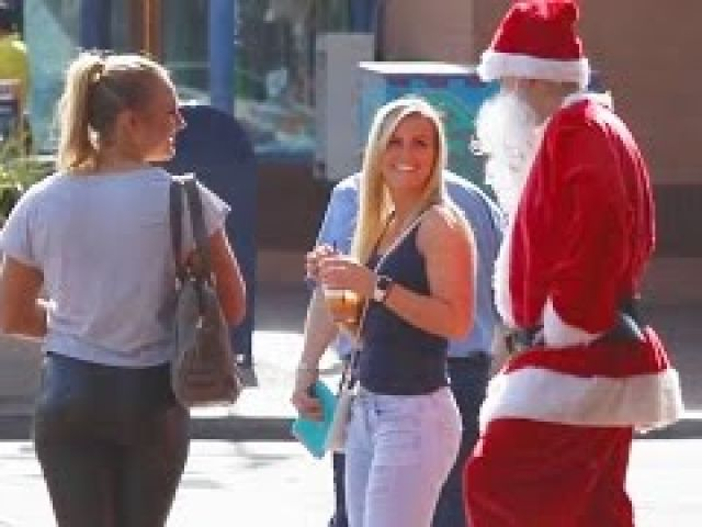 Funniest Christmas Pick Up Lines!!!