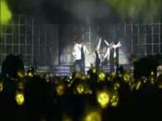 BIGBANG BIG SHOW 2010 - GARA GARA GO (HQ)