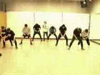 UNIQ EOEO Dance Practice