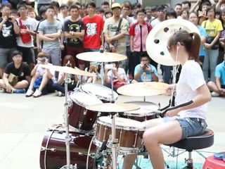 Play with Drum