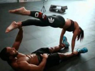 BFitness - duo training couple motivation