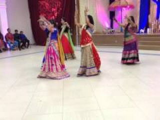 Bollywood Indian Wedding Dance Performance