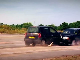 120mph Mega Crash - Fifth Gear