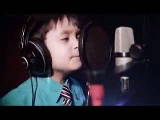 Amazing 4 Years Old Sing Whitney Houston