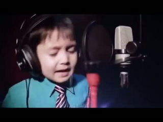 Amazing 4 Years Old Sing Whitney Houston