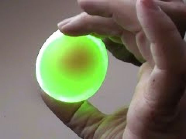 Cool Science Experiments you can do with Eggs