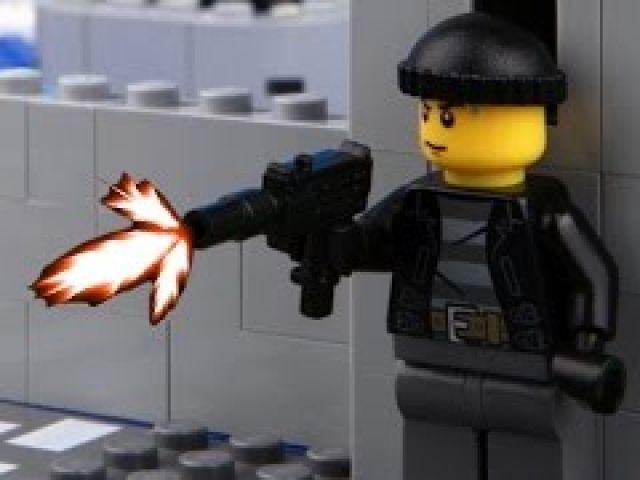 Lego Prison Break - Lego Stop Motion Video