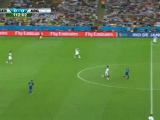"""""""Super Mario"""" Götze Goal!"""
