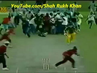1 ball 4 to win WTF Happened LOL Amazing Rare Funny Cricket Video