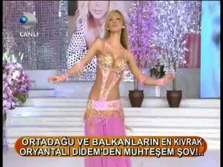 Turkish Belly Dancer - Didem 71