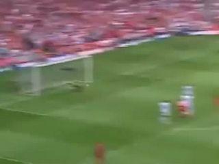 Steven Gerrard's 30 yard volley - Liverpool V West Ham