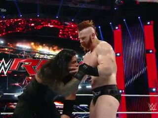 Roman Reigns vs. Sheamus