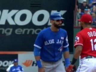 Rougned Odor punched Jose Bautista RIGHT in the face !!