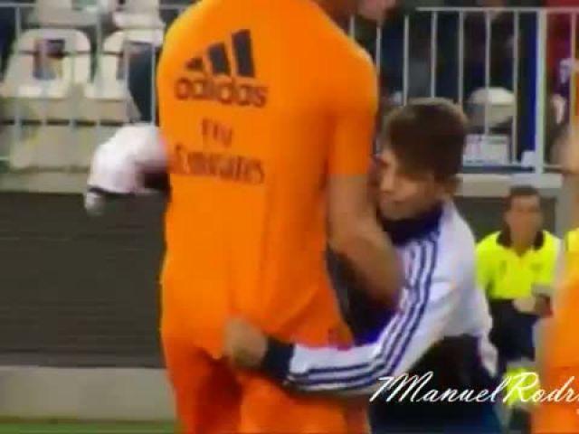 Cristiano Ronaldo - Love him or hate him ● Special ●