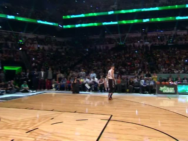 Zach LaVine Throws Down the - Space Jam - Dunk - 2015