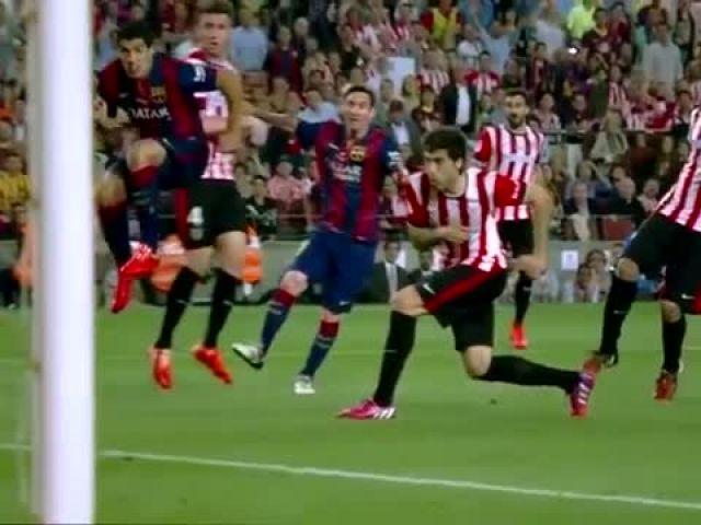 Lionel Messi - 10 Insane Solo Goals