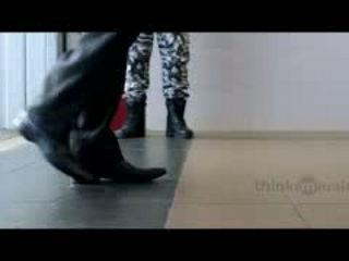 Ulagam Oruvanukka Video Song