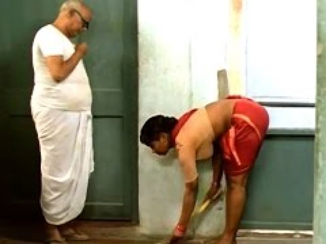 Pesum Padam Tamil Movie Scenes - Maid Cleaning Kamal Haasan Room