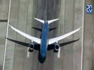 Takeoff of a Boeing almost at right angles