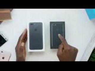 iPhone 7 Unboxing Jet Black vs Matte Black!