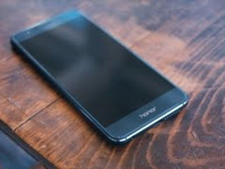 5 Reasons to Buy a Huawei Honor 8