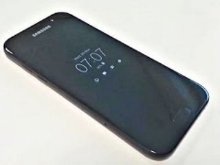 This is Samsung Galaxy A5 (2017)