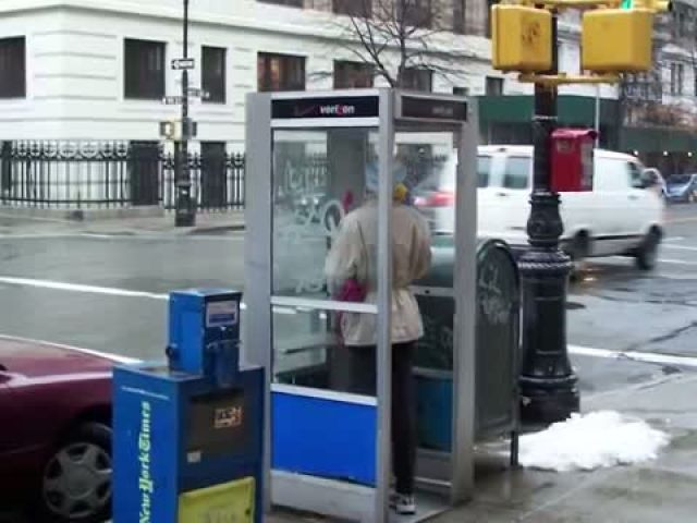 Free internet! New York to replace payphones with high-speed Wi-Fi hotspots