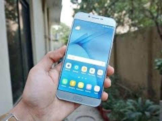 Samsung Galaxy A8 (2016) - Drop Test!