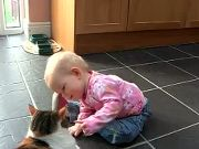 World's most tolerant cat